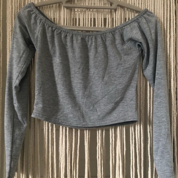Missguided Tops - Off the shoulder Long Sleeve Crop Top
